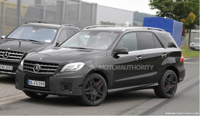2012 Mercedes-Benz ML63 AMG spy shots