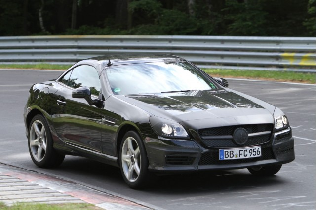 2012 Mercedes-Benz SLK AMG spy shots