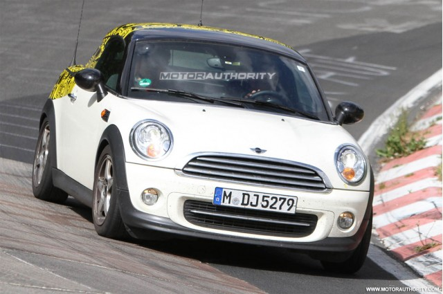 2012 MINI Coupe spy shots
