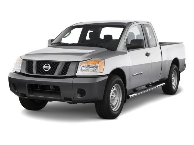 2012 Nissan Titan 2WD King Cab SWB SV Angular Front Exterior View