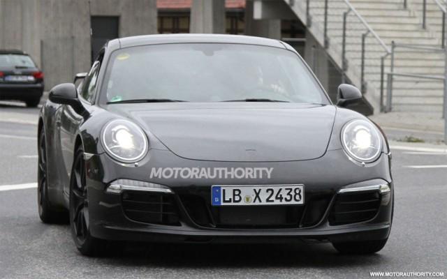 2012 Porsche 911 Aerokit spy shots