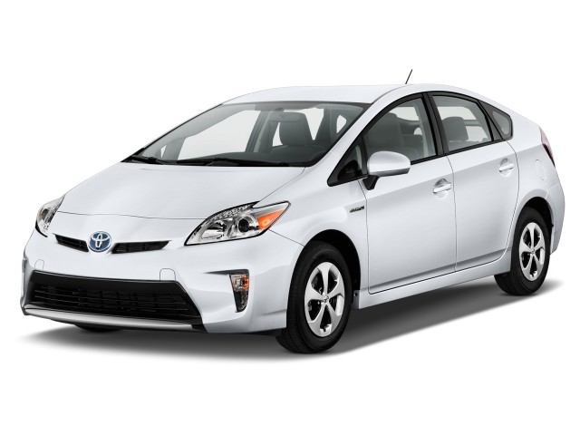 2012 Toyota Prius 5dr HB Three (Natl) Angular Front Exterior View