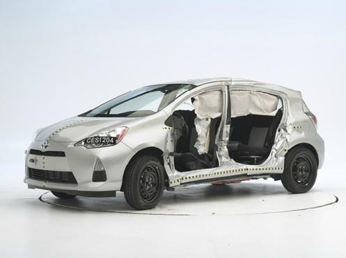 2012 Toyota Prius C IIHS Crash Test