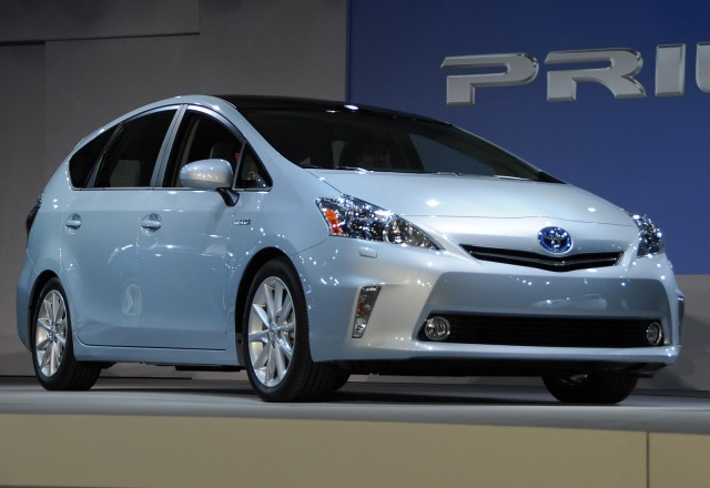 2012 Toyota Prius V launch press conference, 2011 Detroit Auto Show