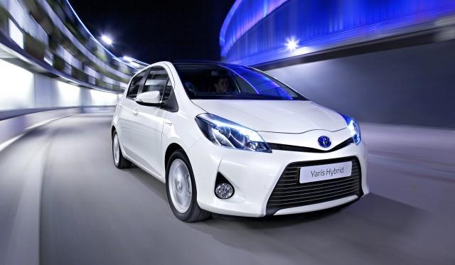 2012 Toyota Yaris Hybrid