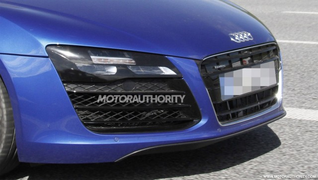 2013 Audi R8 facelift spy shots