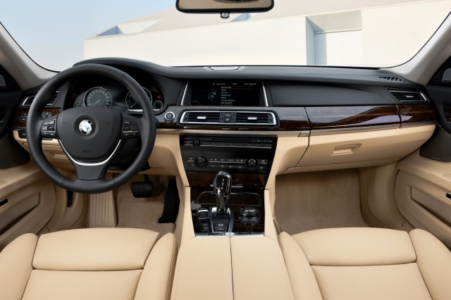 2013 Bmw Activehybrid 7 Gets Updated Full Hybrid Powertrain