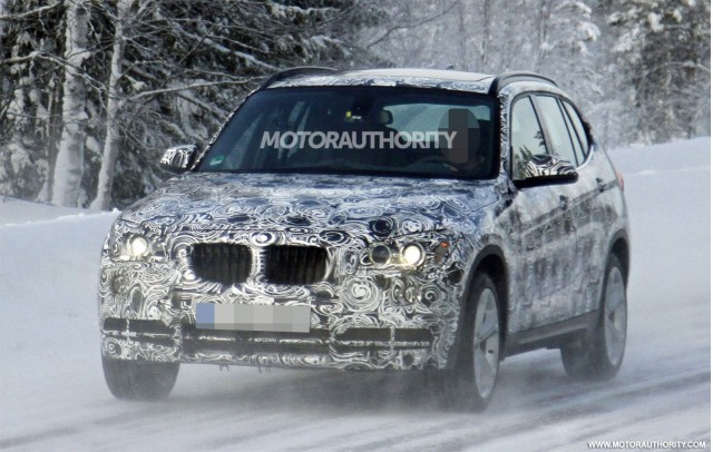 2013 BMW X1 facelift spy shots
