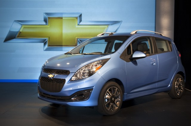 Gm Officially Confirms 2017 Chevy Spark Minicar Ev Electric Version