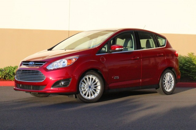 2013 ford c max energi driven page 2. Black Bedroom Furniture Sets. Home Design Ideas