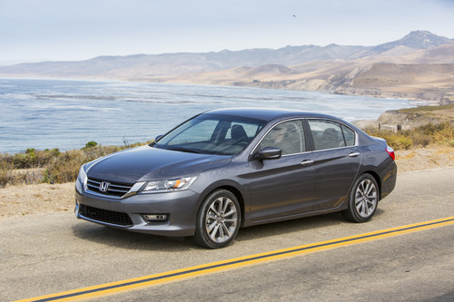 NHTSA investigates more than 1.1 million Honda Accords for sudden loss of steering