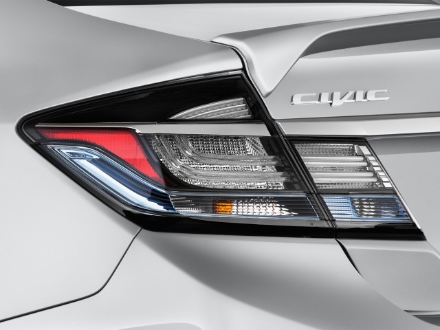 Tail Light - 2013 Honda Civic Hybrid 4-door Sedan L4 CVT