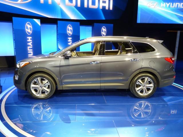 2013 Hyundai Santa Fe (three-row)  -  2012 Los Angeles Auto Show