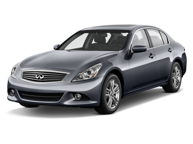 2013 Infiniti G37 Sedan 4-door Journey RWD Angular Front Exterior View