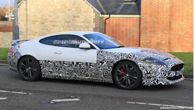 2013 Jaguar XKR spy shots
