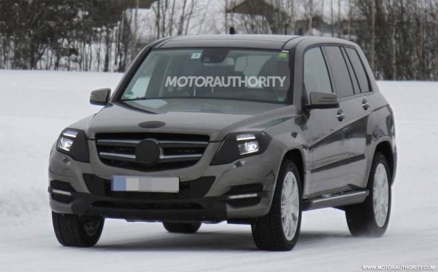 2013 Mercedes-Benz GLK Class facelift spy shots