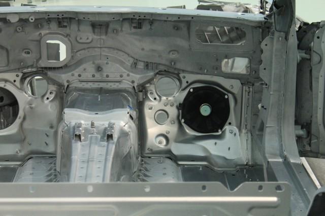 2013 Mercedes-Benz SL-Class technology preview live images
