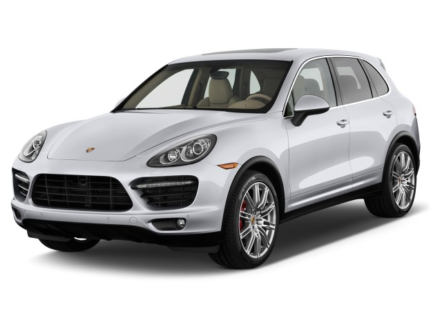 2013 Porsche Cayenne AWD 4-door Turbo Angular Front Exterior View