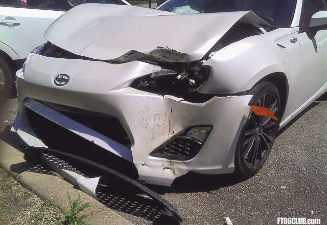 2013 Scion FR-S crash - Image courtesy FT86Club
