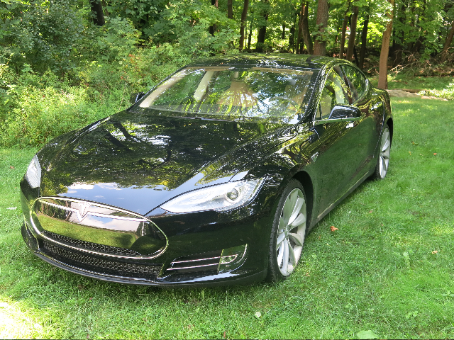2013 Tesla Model S P85 service loaner vehicle [photo: David Noland]