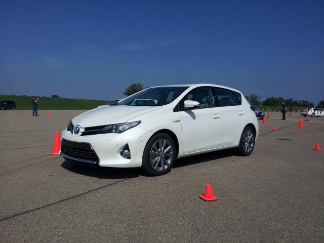 2013 Toyota Auris Hybrid (European market)