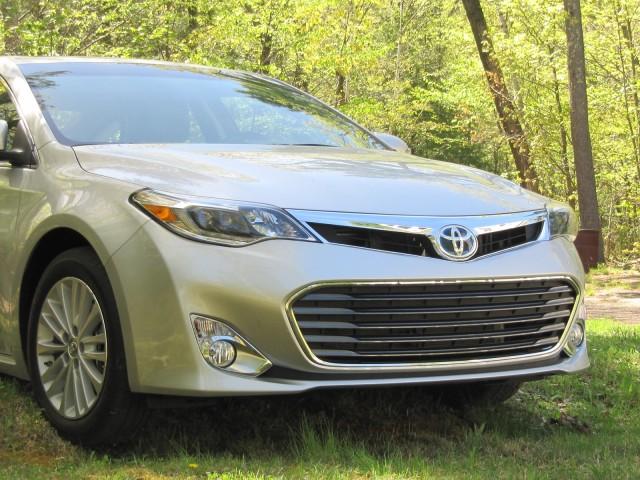 2013 Toyota Avalon Hybrid, Catskill Mountains, NY, May 2013