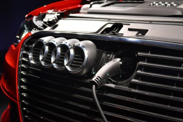 2017 Audi A3 E Tron Plug In Hybrid Presentation Berlin