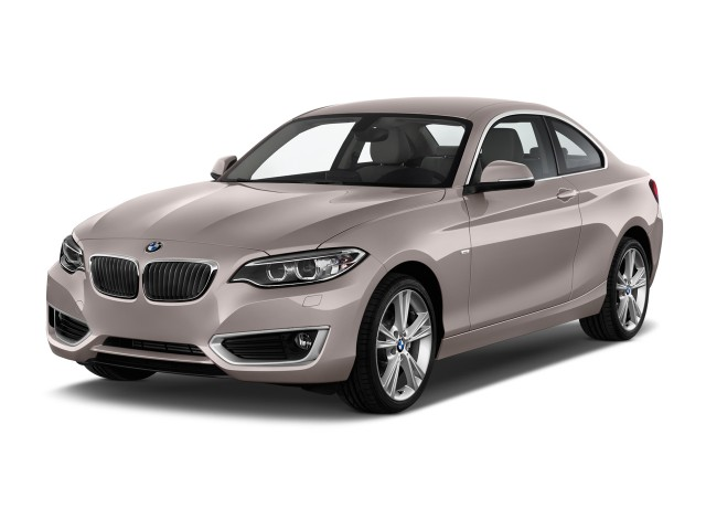 2014 BMW 2-Series 2-door Coupe 228i RWD Angular Front Exterior View