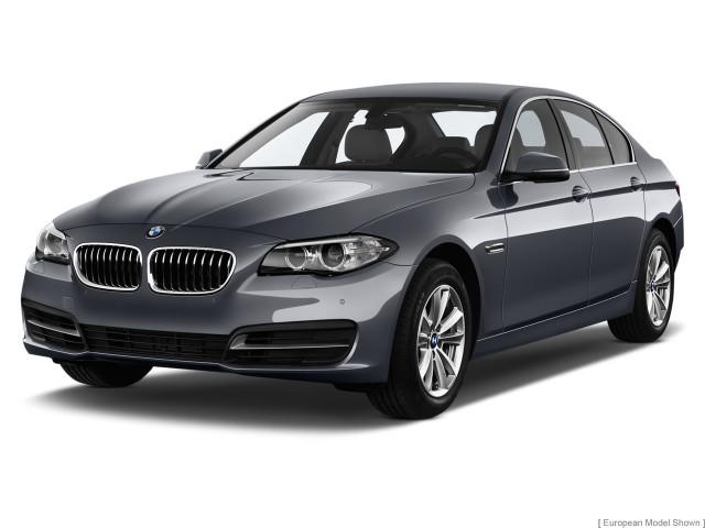 2014 BMW 5-Series 4-door Sedan 528i RWD Angular Front Exterior View