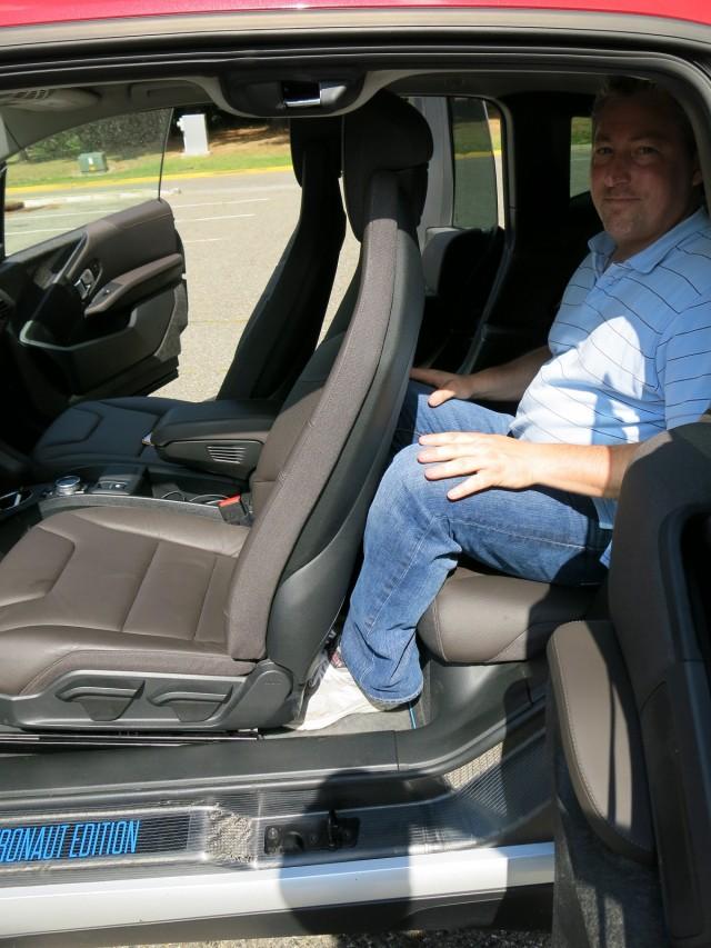 2017 Bmw I3 Rex Vs Chevrolet Volt Comparison Photos David Noland Tom Moloughney