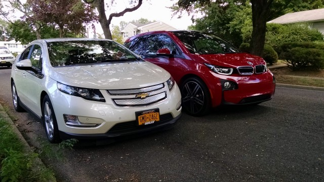 2014 BMW i3 REx vs Chevrolet Volt comparison