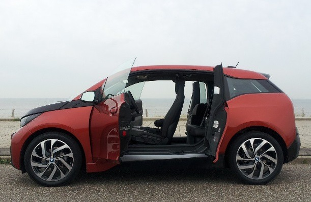2014 BMW I3 Vs. Mercedes B Class: Car And Driver Tests Electric Cars From  Germany