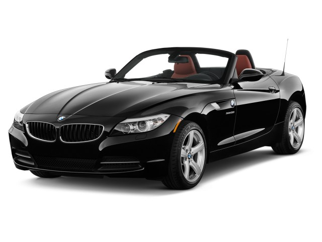 2014 BMW Z4 2-door Roadster sDrive28i Angular Front Exterior View