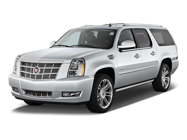 2014 Cadillac Escalade ESV 2WD 4-door Base *Ltd Avail* Angular Front Exterior View