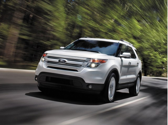 Ford Explorer Exhaust Leak >> Consumer Safety Group Petitions To Recall 1 3m Ford