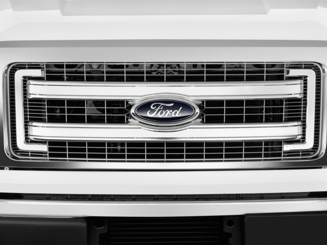 "Grille - 2014 Ford F-150 2WD SuperCrew 145"" XLT"