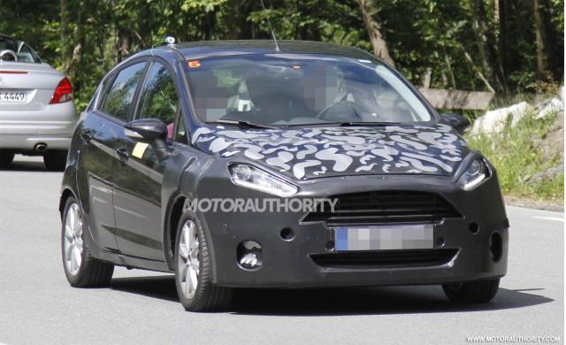 2014 Ford Fiesta facelift spy shots