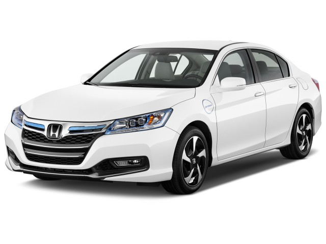 2014 Honda Accord Hybrid 4-door Sedan Angular Front Exterior View