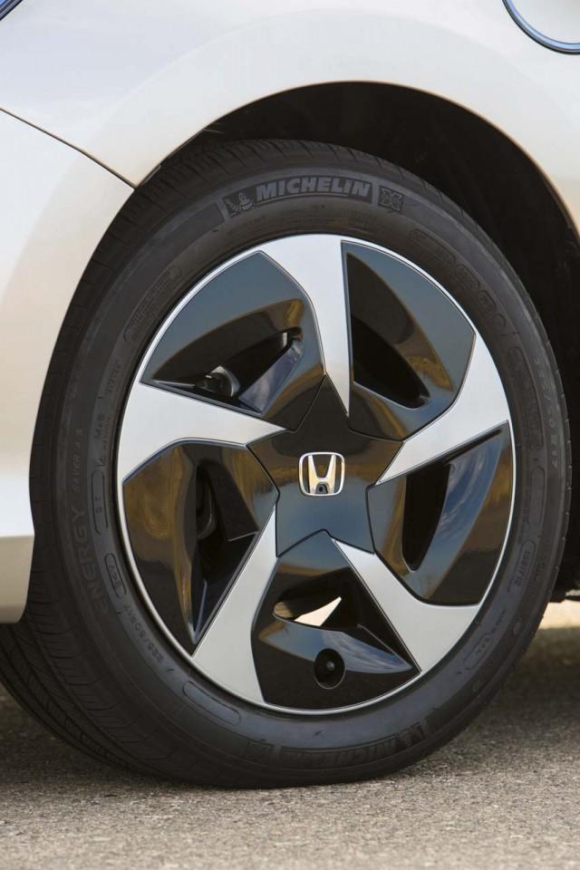 2014 Honda Accord Plug-In Hybrid: First Drive