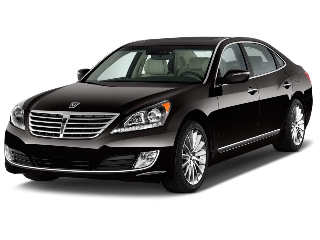 2014 Hyundai Equus 4-door Sedan Ultimate Angular Front Exterior View