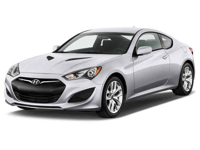 2014 Hyundai Genesis Coupe 2-door I4 2.0T Auto Angular Front Exterior View
