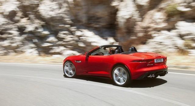 2014 Jaguar F-Type leaked