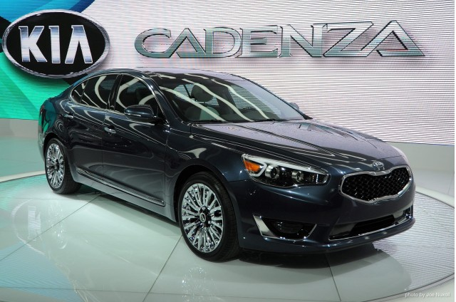 2014 kia cadenza video preview gallery 1 the car connection. Black Bedroom Furniture Sets. Home Design Ideas