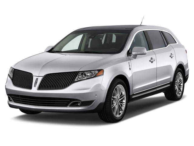 2014 Lincoln MKT 4-door Wagon 3.7L FWD Angular Front Exterior View