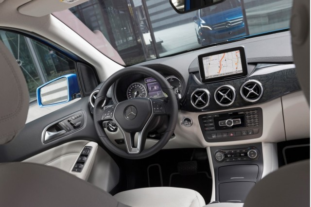 future mercedes infotainment systems will integrate garmin navigation. Black Bedroom Furniture Sets. Home Design Ideas