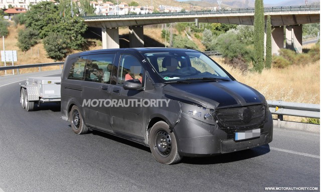 2014 Mercedes-Benz V-Class spy shots