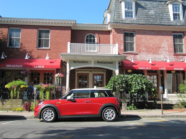 And What Kind Of Fuel Economy Did The Base Car Actually Deliver 2017 Mini Cooper Hardtop Northeastern Road Test Aug