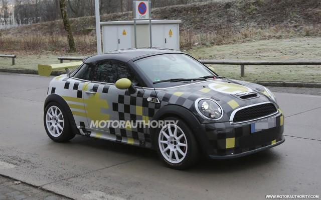 2014 MINI E Coupe spy shots