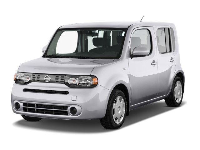 2014 Nissan Cube 5dr Wagon CVT S Angular Front Exterior View