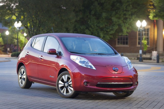 High Quality 2014 Nissan Leaf